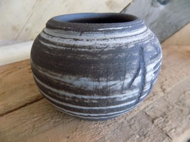 Black stoneware pot by Stewart Taylor ceramics East Yorkshire