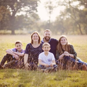 Outdoor location family portrait photography session